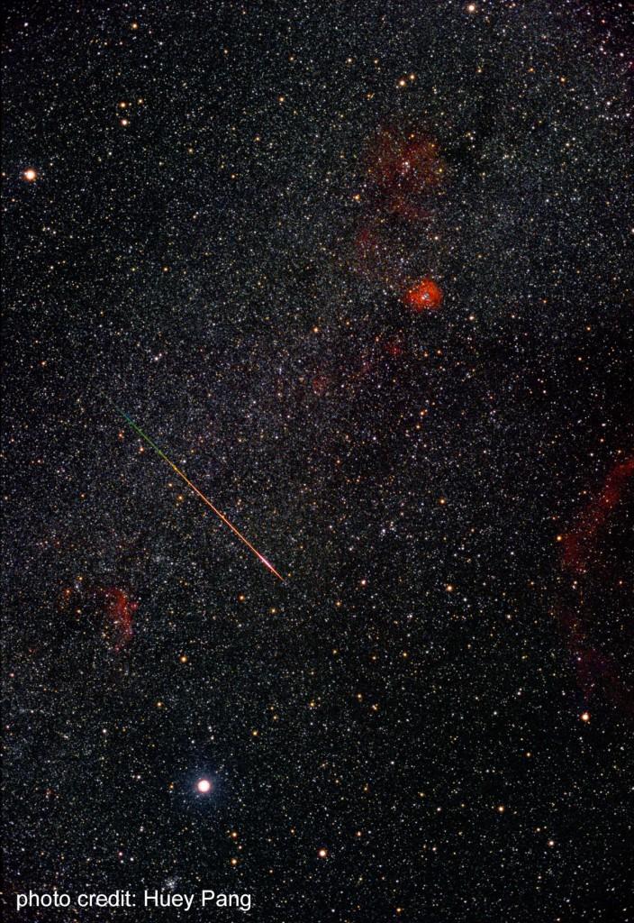 2001年獅子座流星雨時拍攝到的流星